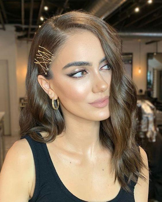 Veja como usar grampos no cabelo