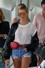 +60 looks com pochete - Blog da Ana Liberato #bumbag #pochete #moda #bolsa #style #streetstyle #ideias #photography #estilodevida #fashion #fashionblog